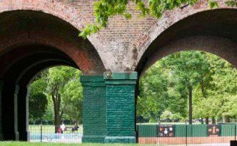 The-Friends-of-Ravenscourt-Park-Arches